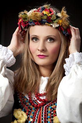 ポーランド/クラクフ地方の民族衣装イラスト