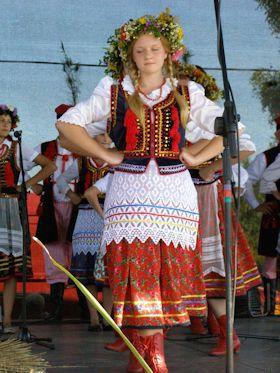 収穫祭~ポーランドの民族衣装