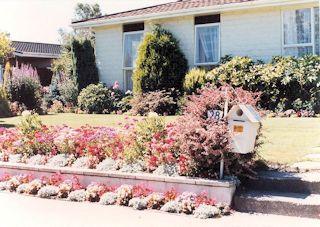 Garden of home in Christchurch・・・1985/01/28